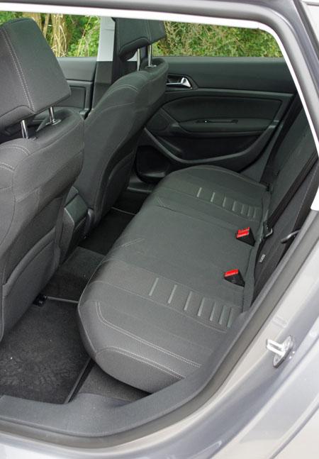 Biltest: Peugeot 308 SW 1,2 e-THP Allure - prøvekørsel - bilanmeldelse - anmeldelse - test